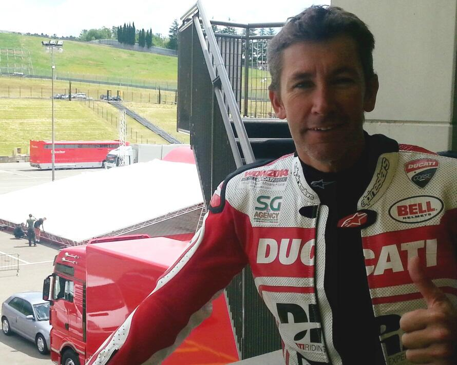 troy_bayliss_ducati_panigale_superbike_test_mugello_maggio_2014_06